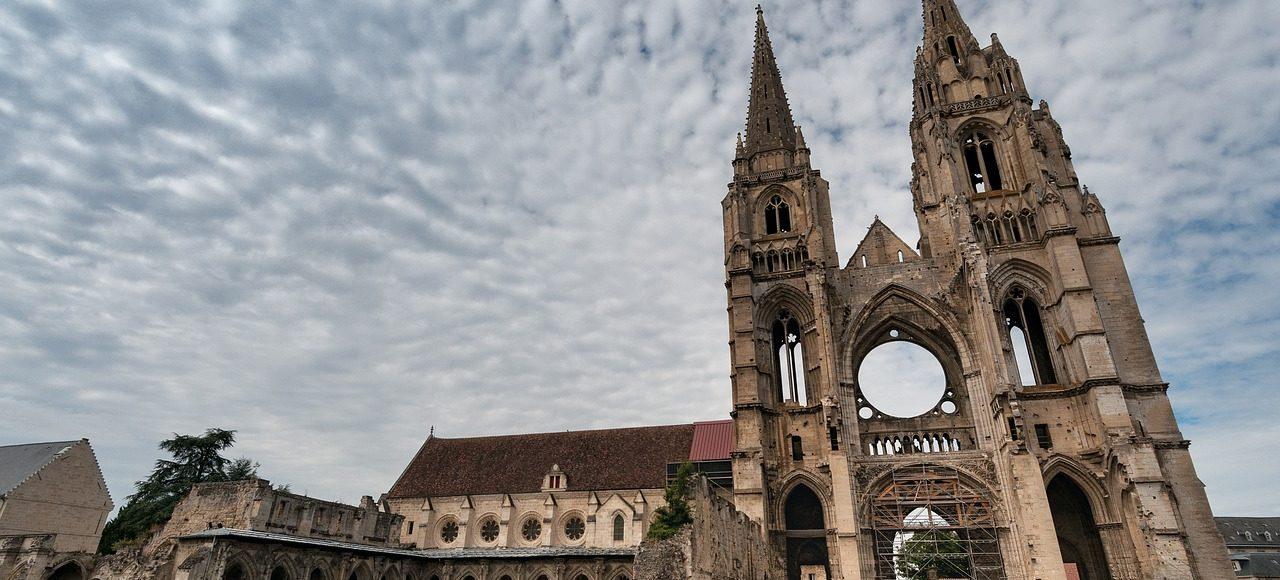 Soissons, la impresionante Abadía de Saint-Jean des Vignes