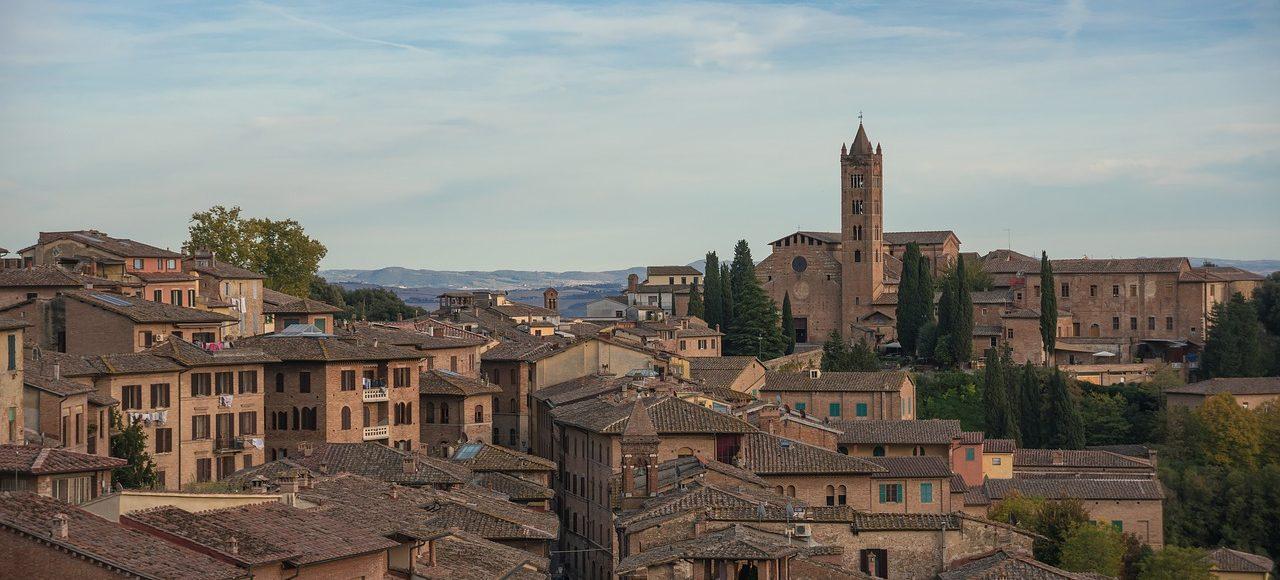 Visita Siena desde el Panorama del Duomo